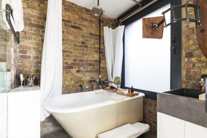кирпич в интерьере ванной комнаты