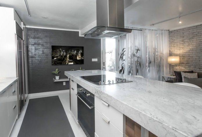 Серый кирпич в интерьере кухни