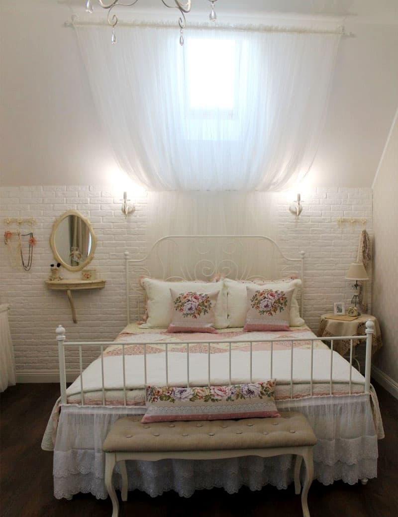 Маленькая спальня в стиле прованс 1
