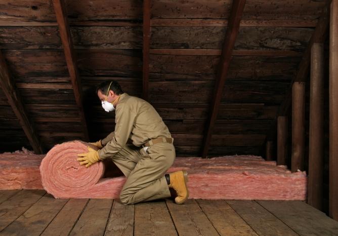 Выбор материалов для утепления потолка в бане