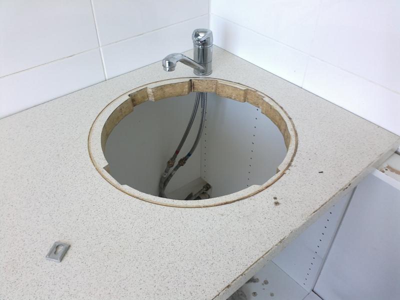 Пошаговое руководство по установке крана на кухне