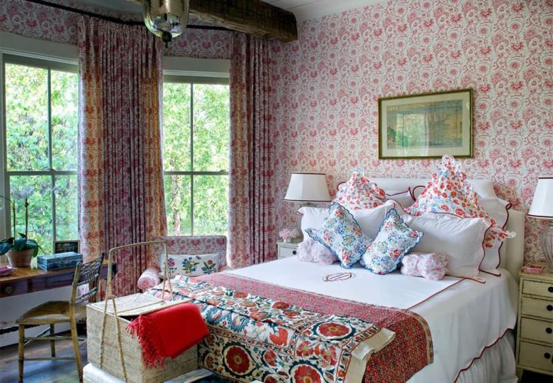 Прованские оттенки в спальне (розовый)
