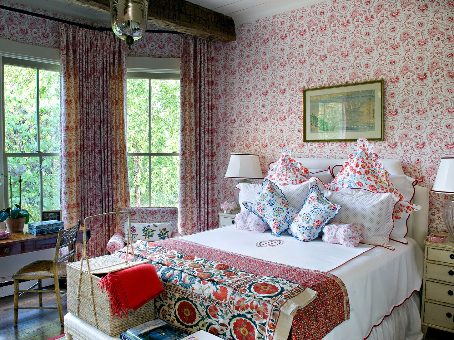 jane_scott_hodges-red-traditional-bedroom