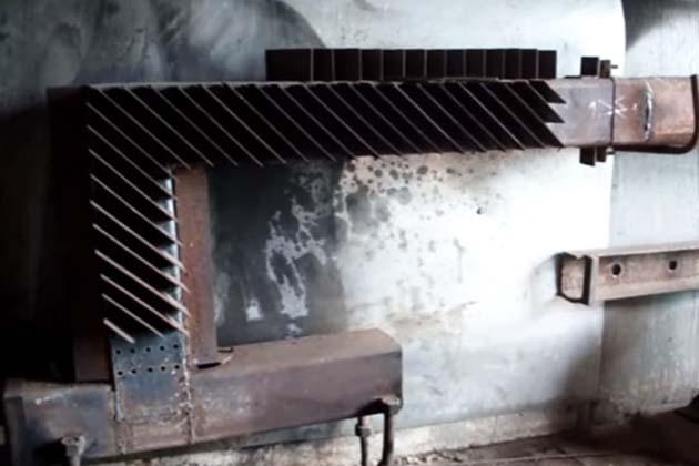 Железный обогреватель на жидком топливе