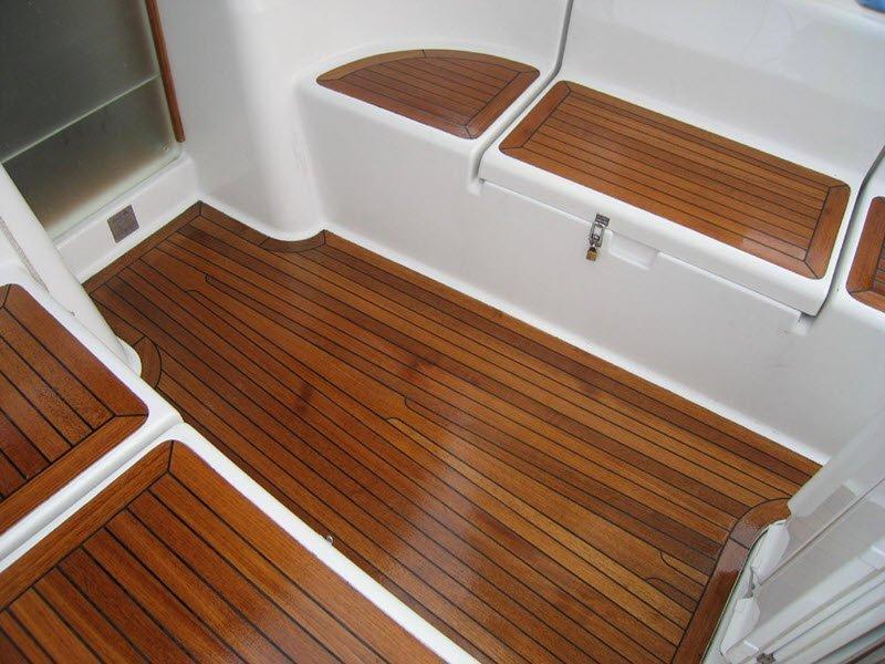 Внутренние поверхности морского судна, обработанные олифой, solventfreepaint.com
