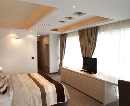 фигурный многоуровневый потолок