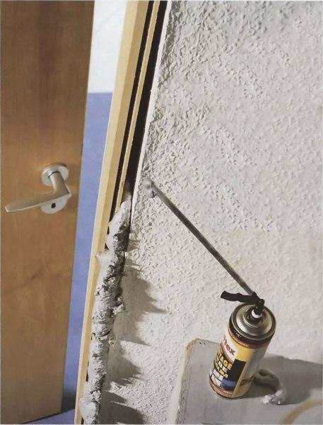 Средства удаления свежей монтажной пены с дверей