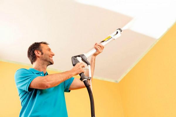 Как правильно покрасить потолок водоэмульсионной краской по побелке