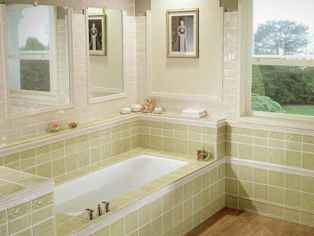 Стоит ли использовать обои в ванной комнате?