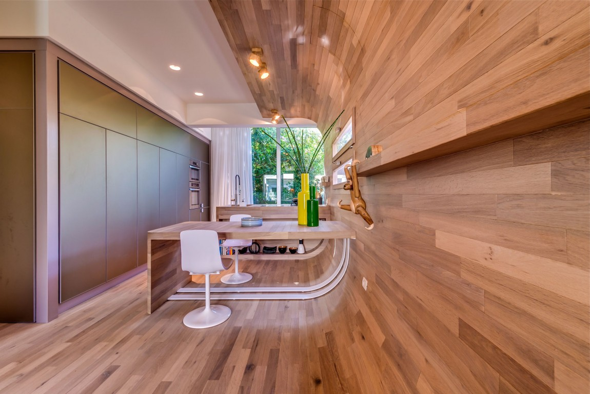 Современная отделка внутренних стен дома