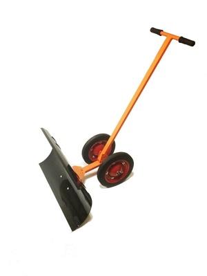 Лопата для уборки снега на участке
