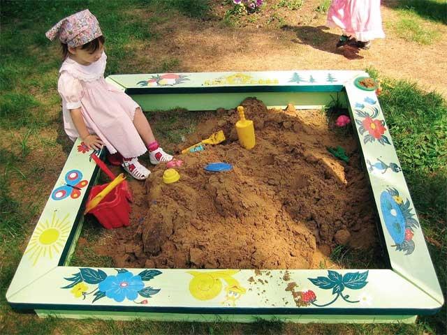 Раскраска песочницы