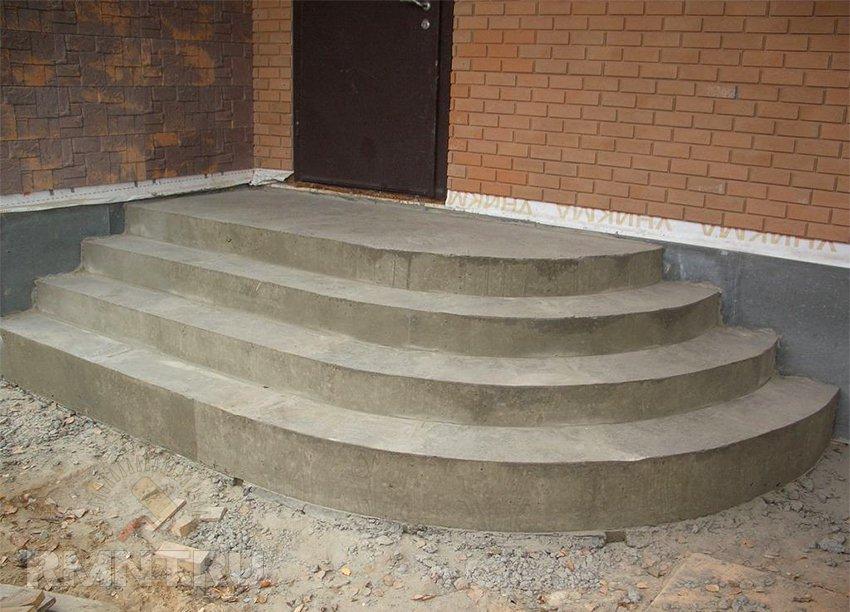 Создаем бетонное крыльцо своими руками – как изготовить ступени