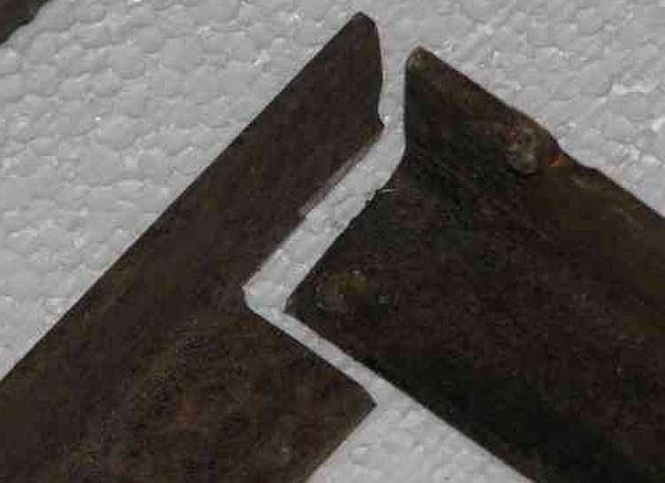 Как вырезать уголки для ровного соединения