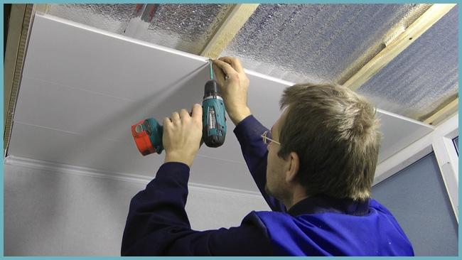 как закрепить пластиковый потолок