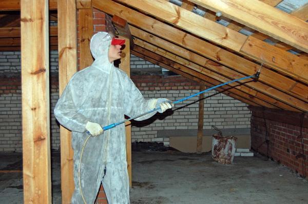 Утепление потолка стекловатой: пошаговая инструкция