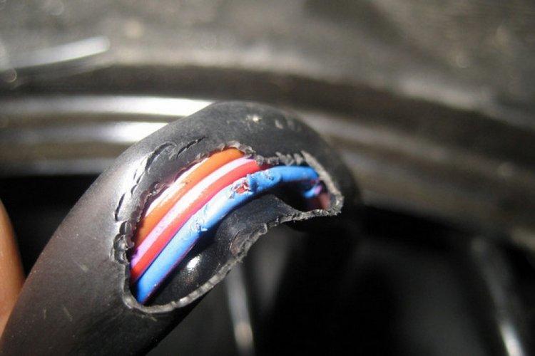 Причины обрыва и короткого замыкания провода
