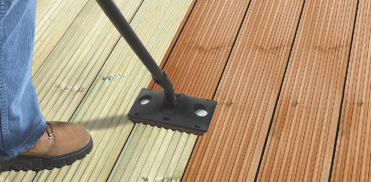 Антисептик для древесины: какой лучше выбрать для внутренних работ?