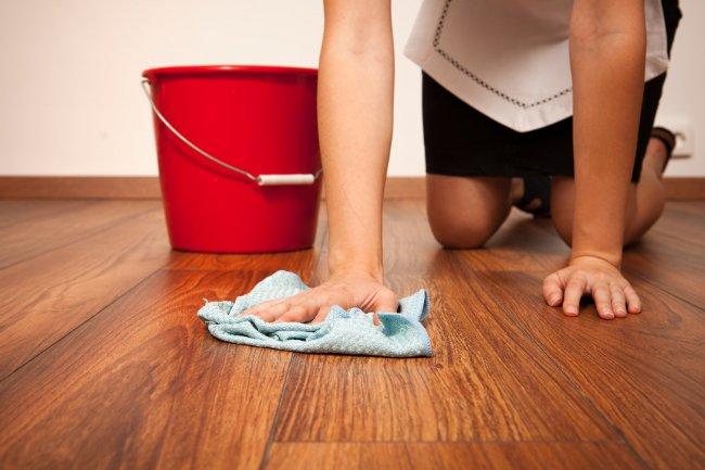 Как правильно ухаживать за ламинатом в квартире - основные советы 4