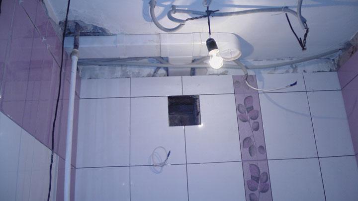 подключение вытяжкив всанузле непосредственно от лампочки