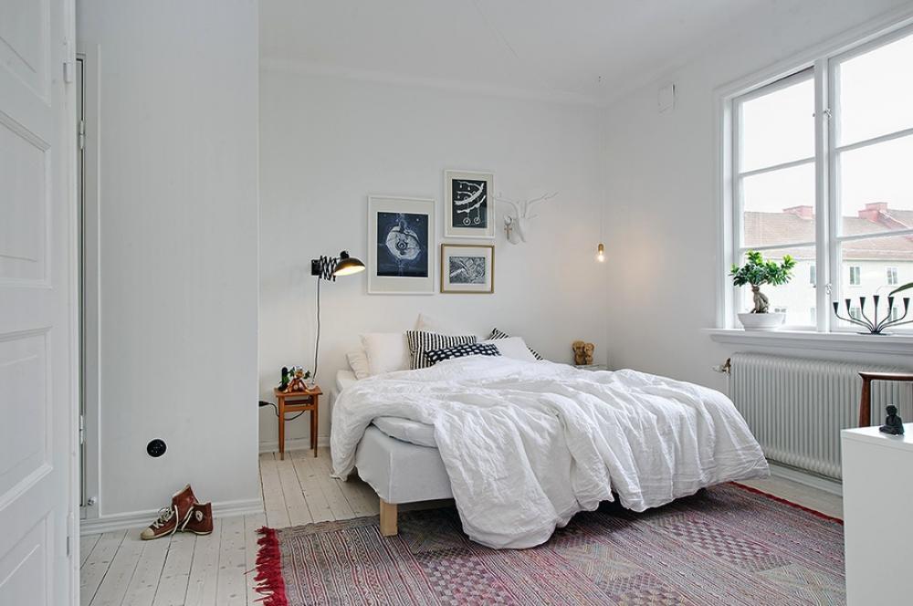 Простая спальня в стиле минимализм