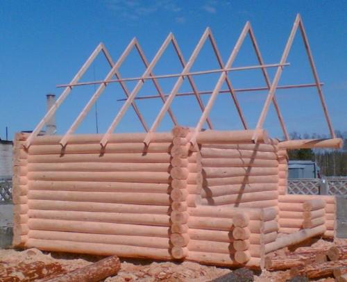 Монтаж двускатной крыши для бани