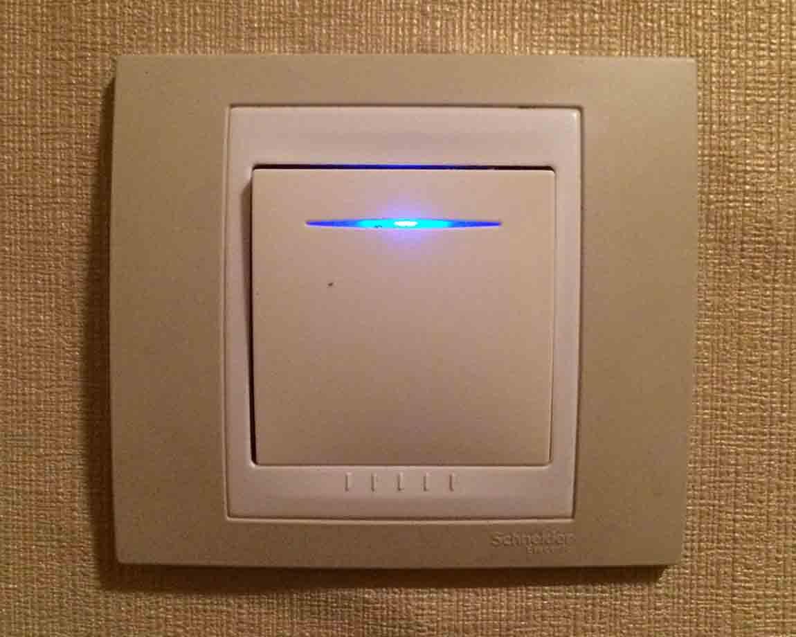 Использование выключателей с подсветкой