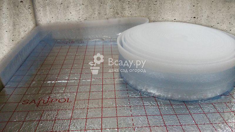 Укладка демпферной ленты для теплого пола