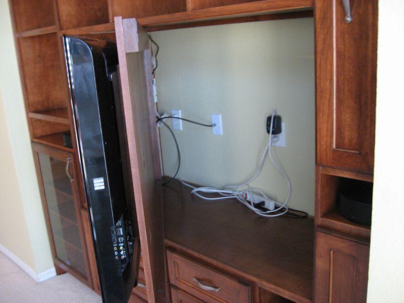 chestnut-entertainment-center-swivel-tv-mount