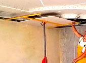 Подъемник для гипсокартона: промышленные модели и самостоятельное изготовление конструкции