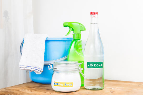 Отмываем пластиковый подоконник: 7 верных рецептов