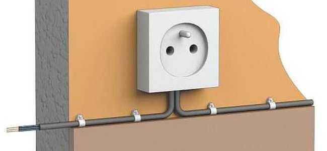 Установка фиксаторов для кабеля