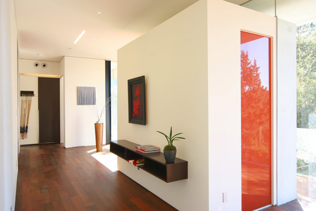 modern-home-beverly-hills-entrance-hall