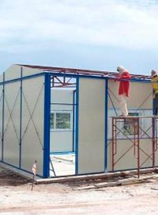 строить дом из сендвич-панелей