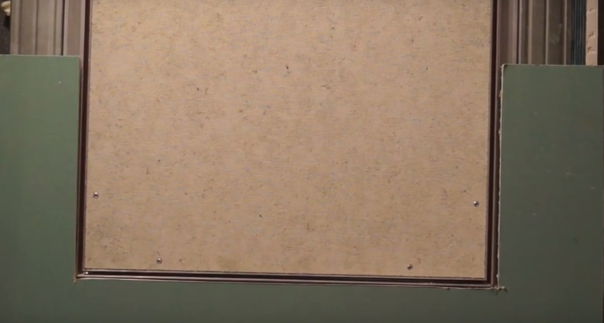 установка вырезанного гипсокартона к профилю