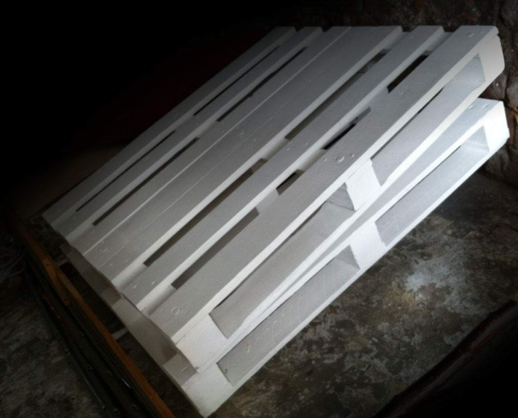 pallets-painted-white-1