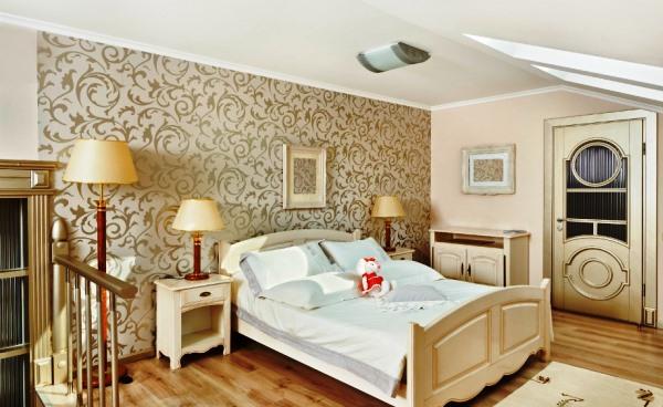 дизайн спальни с обоями двух цветов фото 3