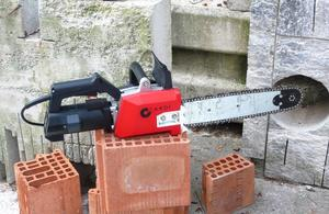 Выбор электропилы по газобетону для резки блоков