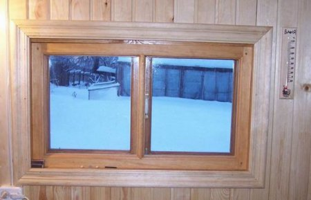 Какие лучше окна для бани – деревянные или пластиковые?
