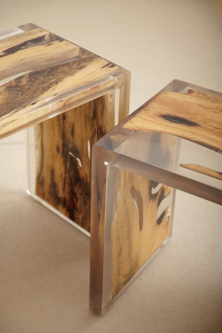 Другие идеи создания невероятной мебели из эпоксидной смолы и дерева