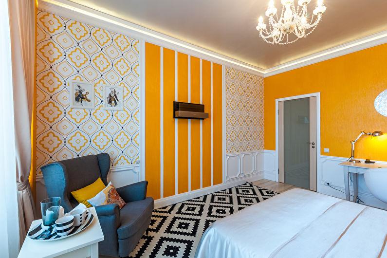 Геометрическое комбинирование обоев в спальне