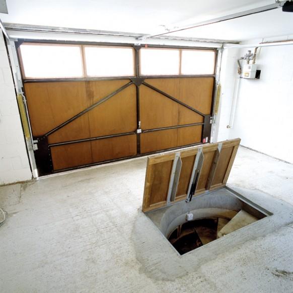 Погреб своими руками в гараже