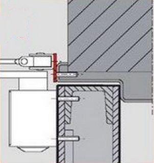 Сложности с установкой кронштейна на дверной раме