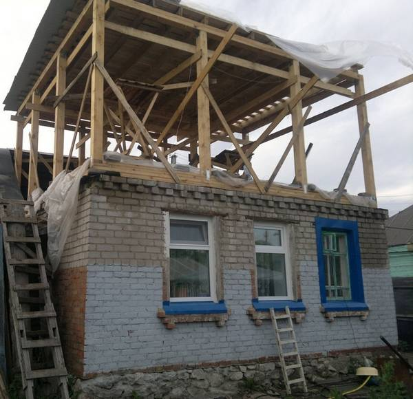 Как построить второй этаж в доме своими руками? с фото