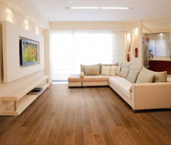 Дизайн зала в квартире в белом цвете и современном стиле