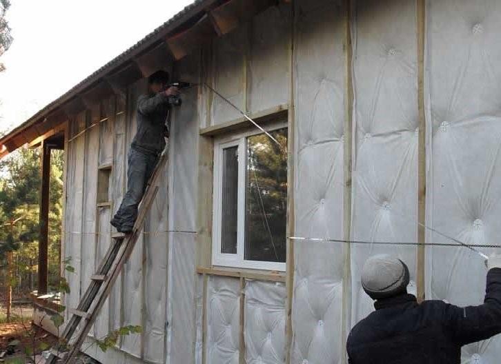 Штробим стены под проводку без пыли