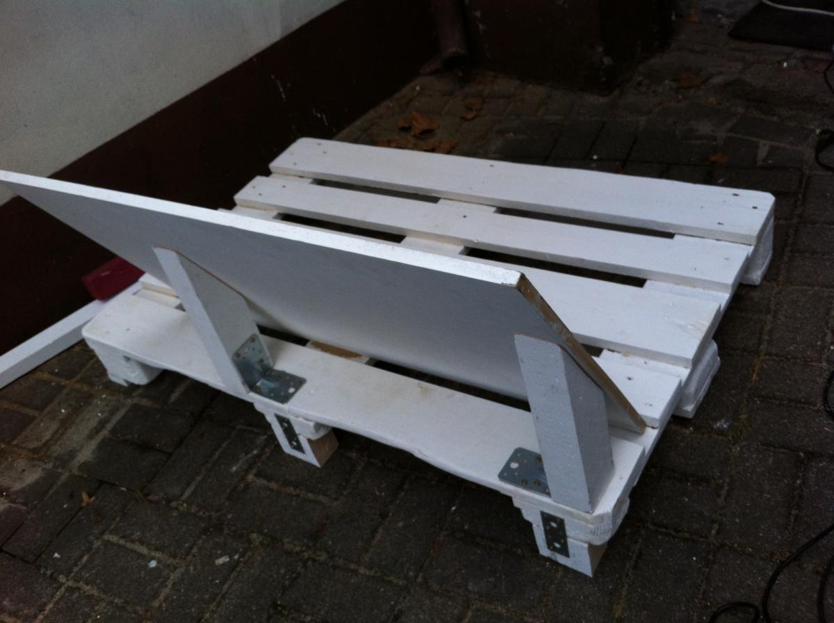 pallet-sofa-first-backrest-5