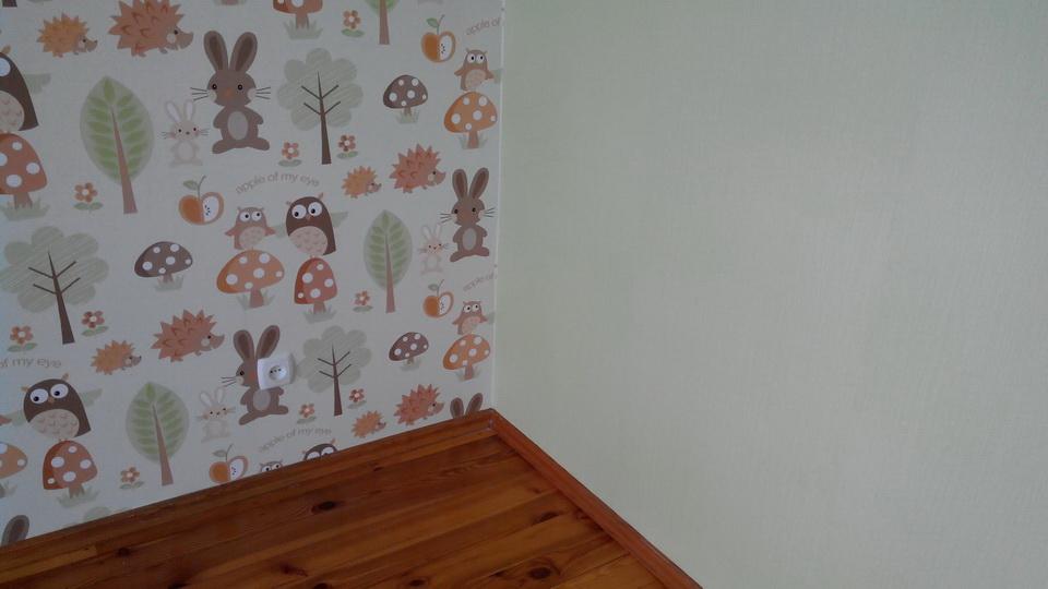 Стены и пол в детской комнате