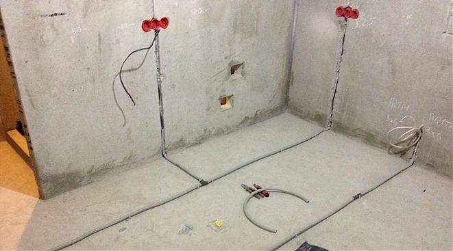 Нормы и ограничения при штроблении стен под проводку
