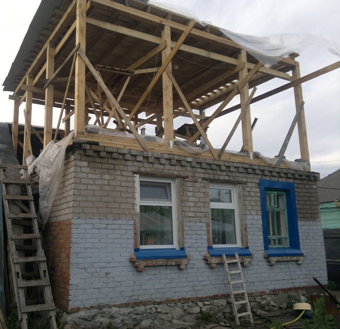 как построить второй этаж на старом доме